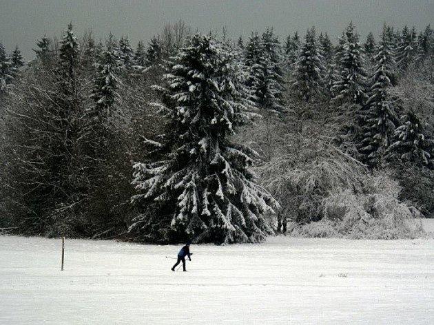 V Caparticích bylo možné o víkendu lyžovat.