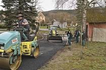 Stavební úpravy v Loučimi.