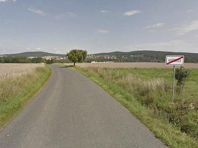 Cestu z Kvíčovic do Holýšova doplní cyklostezka.