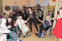 Ples v Domově seniorů ve Kdyni.