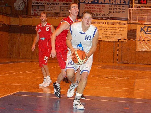 Pohárovou pouť basketbalistů Jiskry Domažlice ukončil Chomutov.