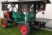UNIKÁTEM LETOŠNÍHO ROČNÍKU bude i historická pojízdná pásová pila z roku 1915.