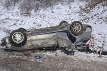 Ranní dopravní nehoda u Meclova.