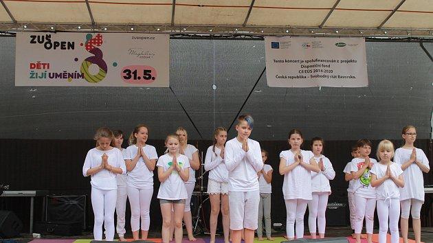 Letní kino hostilo nejenom den dětí s názvem Město dětem, ale i projekt ZUŠ OPEN.