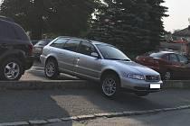 """""""Zaparkované"""" auto."""