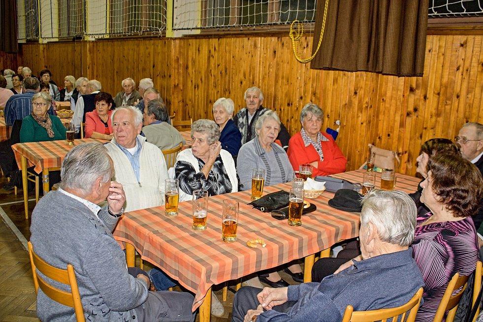 Z pocinovického setkání seniorů.