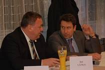 Zastupitelé Jan Látka (vlevo) a Vítězslav Brody.