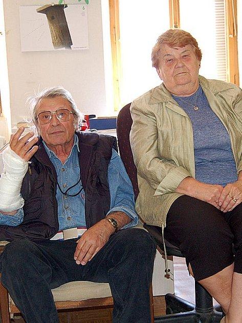 Manželé Marie (70) a Stanislav (72) Vlčkovi nechtějí za byt v penzionu platit téměř deset tisíc.