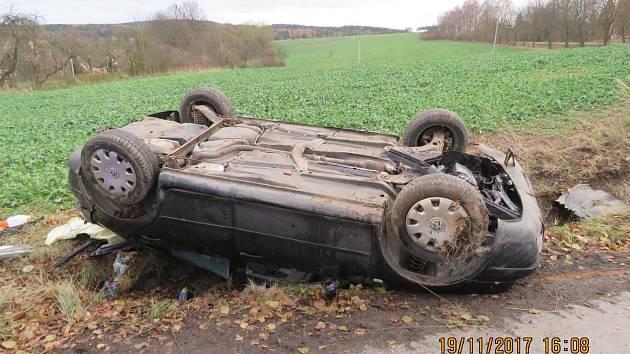 Dopravní nehoda u Horní Kamenice.
