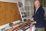 Josef Mikoláš nám ukázal lyži, na které jel Plzeňan Razím při letošním mistrovství světa v Liberci.