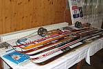 Tyto lyže mnohé pamatují.