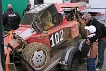 Posledním závodem vyvrcholí v sobotu 10. října od 11.00 hodin v průmyslové části Domažlic seriál rallyekrosových závodů Chodský čakan.