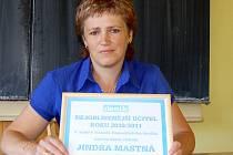 Jindra Mastná zvítězila v anketě čtenářů Domažlického deník  Nejoblíbenější učitel roku 2010/2011.