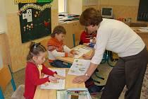 Ve všerubské škole Tam už připravili na dny 3. a 4. února od 13 do 16 hodin zápis žáků do první třídy.