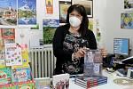 Lidmila Haasová mohla opět přivítat zákazníky v knihkupectví, jež má na domažlickém náměstí.