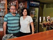 VÁCLAV A  LIBUŠE KRESLOVI vedou domažlickou restauraci Zubřina od r. 2005.