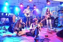 Hosty Rockových kurzů a Letní umělecké dílny v Domažlicích budou například členové kapely -123 min nebo bubeník Klaudius Kryšpín.