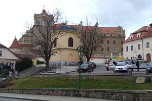 Hrad a zámek je typickou dominantou Horšovského Týna.