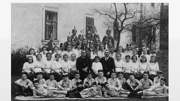 JEDNOTA OREL DOMAŽLICE V ROCE 1925.