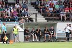 Pouťový fotbal v Postřekově: Sokol Postřekov (červení) - SIGIteam (černí) 5:9.