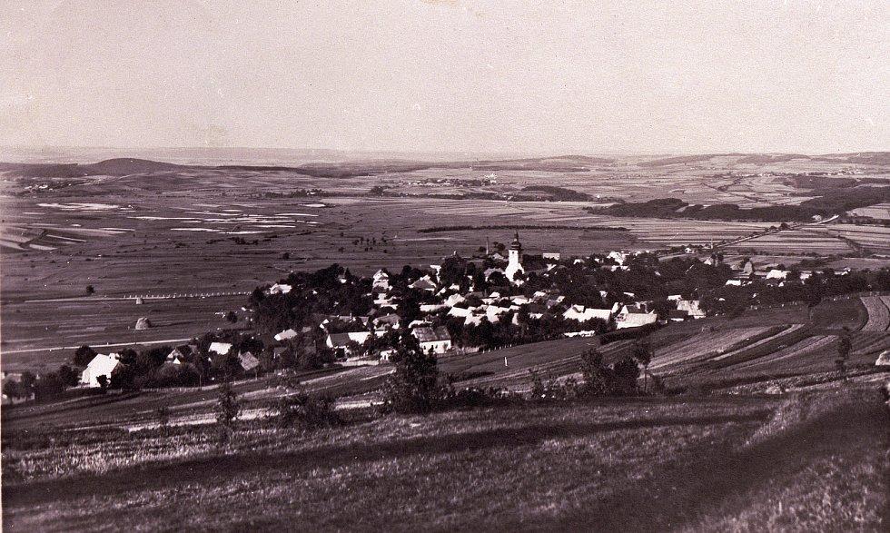Celkový pohled na Klenčí pod Čerchovem.