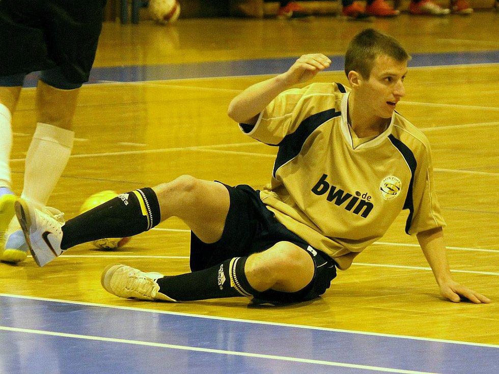 Jiskra na turnaj v Chamu povolala i Jakuba Strejce, na snímku v dresu divizních Rejnoků Nemanice.
