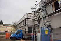 Stavba mateřské školy pokračuje.