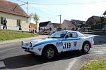 V rámci mistrovství historických vozidel startoval na Agropě Marcel Tuček, navigován dcerou Terezou, s Mazdou RX 7.
