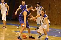 Basketbalisté rezervy Domažlic v semifinále play-off krajského přeboru remizovali s vítězem základní části, Lokomotivou Plzeň C. Rozhodující druhé utkání vyhrála Plzeň.