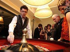 Hra v kasinu je určená jiné klientele než automaty v hernách.