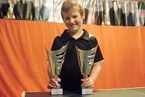 Stolní tenista Sokola Pocinovice Ondřej Květoň skvěle reprezentoval na republikovém turnaji v Ostravě a Havířově.