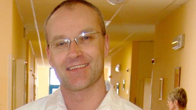 Michal Kravec, primář chirurgického oddělení Domažlické nemocnice a vedoucí mammologické poradny