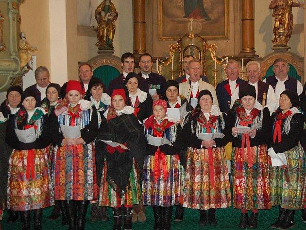 Postřekovský národopisný soubor vystoupil na vánočním koncertu v Trhanově.