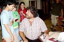 Minulý rok v dubnu dával v kině Čakan autogramy malým divákům v rámci Febiofestu.