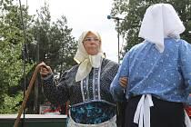 V Kolovči se opět přemlely staré babky.
