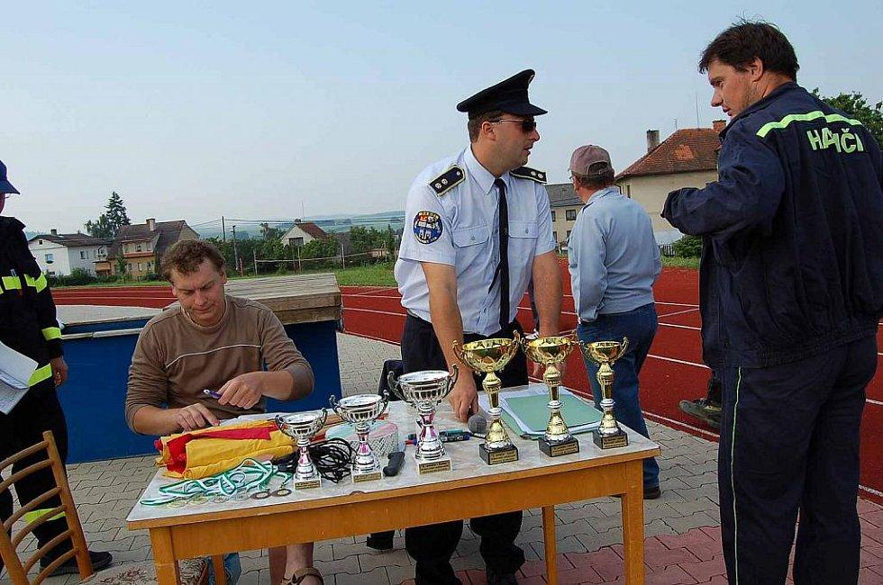 Okrsková soutěž dobrovolných hasičů v Horšovském Týně.