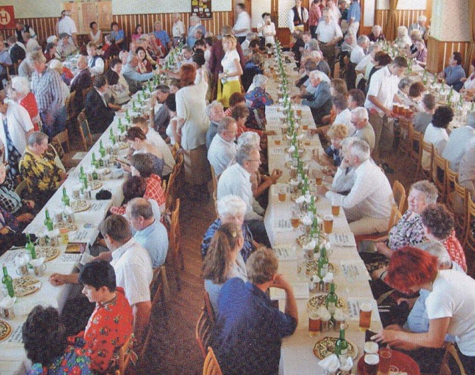 Fotografie ze setkání v roce 2005.