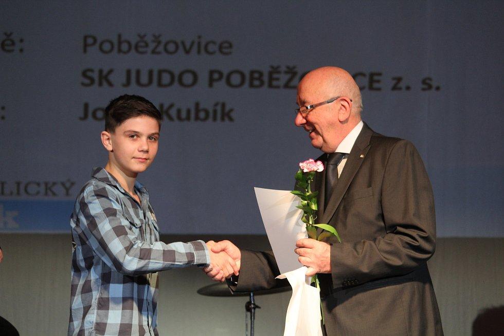 Mládež do 18 let - jednotlivci (bez vyhlášení pořadí): judista David Johánek.