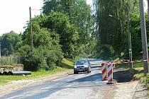 V Srbech museli řidič počítat s překopy silnice a jinými překážkami.