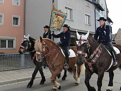 Procesí koní ve Furthu im Wald.