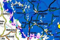 MAPA POKRYTÍ. Modrá barva, jíž je označeno pokrytí signálem vysílačů Multiplexu 4, se rozkládá na převážné části území okresu. Přesto jsou na ní také bílá místa, kde lidé signál z vysílače Čerchov nechytí.