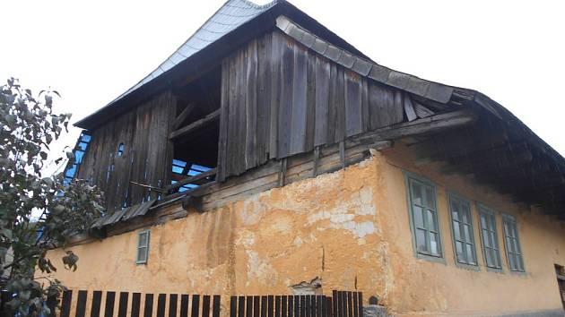 48aa8fe0a82 Památný dům ve Kdyni prochází opravou - Domažlický deník