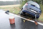 Střet kamionu a osobního auta u Březí.