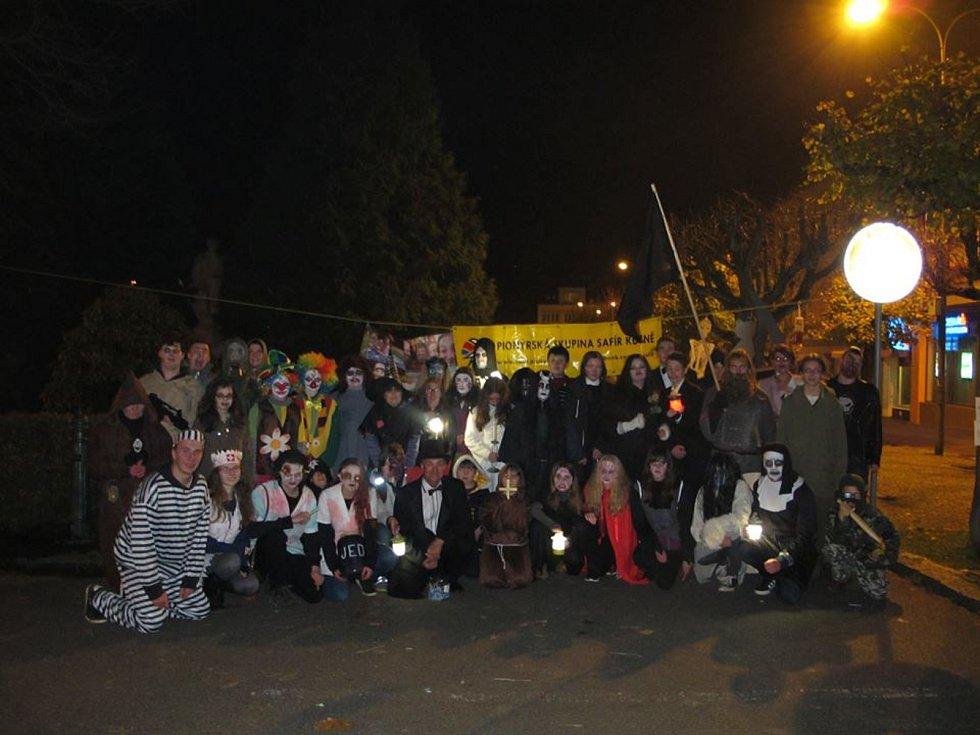 Halloweenský průvod ve Kdyni.