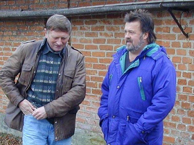 Starosta Chodské Lhoty František Jílek (vpravo).