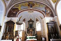 Z kostela sv. Jakuba v Hostouni.