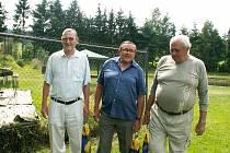 Jeden ze spoluzakladatelů TJ Start Tlumačov Jiří Hruška (uprostřed).