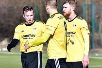 DVACETILETÝ TALENT Radim Remiáš (na snímku ještě v dresu Přeštic vlevo) odkryl Deníku svůj fotbalový život.