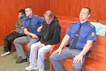 Andrea Tkáčová a Jan Křesťan před soudem.