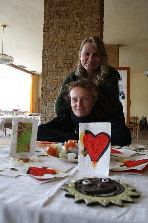 Prodejní výstava výrobku zdravotně a mentálně postižených klientů Diakonie ČCE Středisko radost Merklín v Holýšově